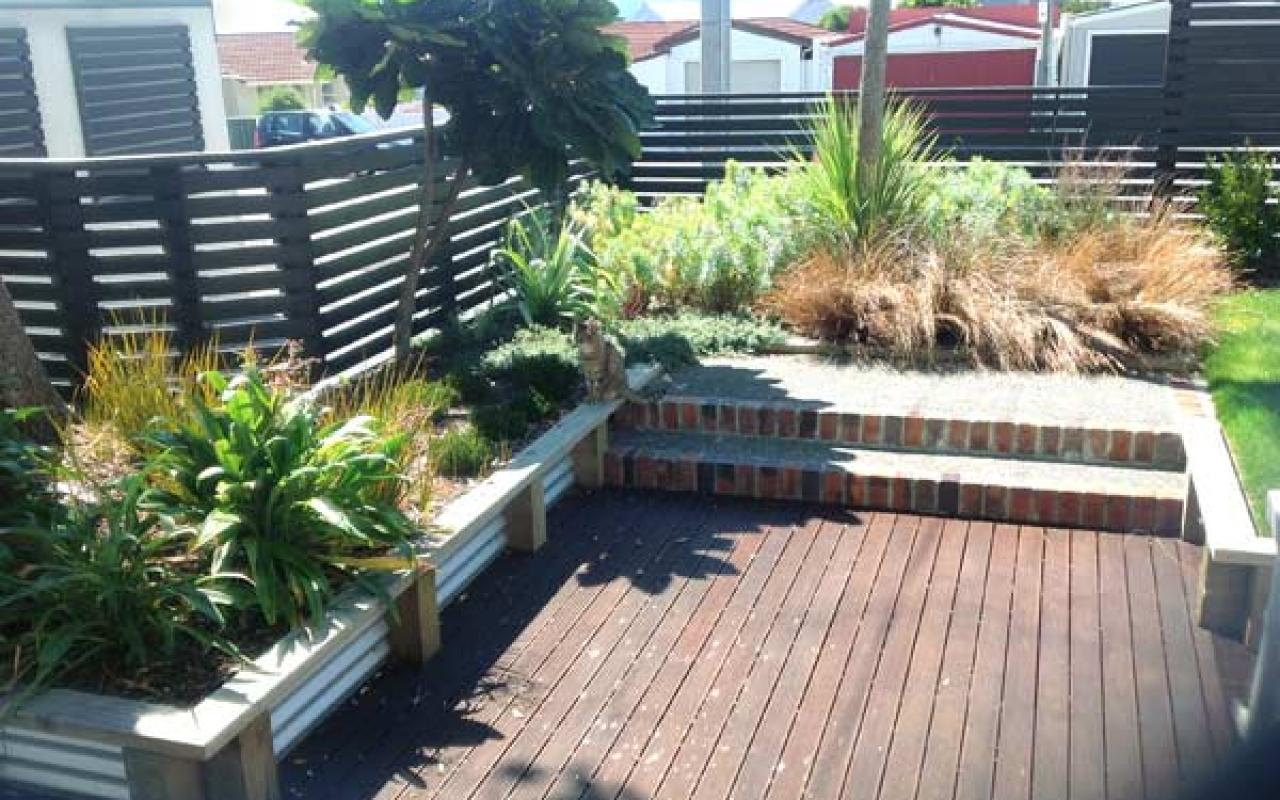 Seaside seatoun cottage gets a complete garden make over for Landscaping wellington